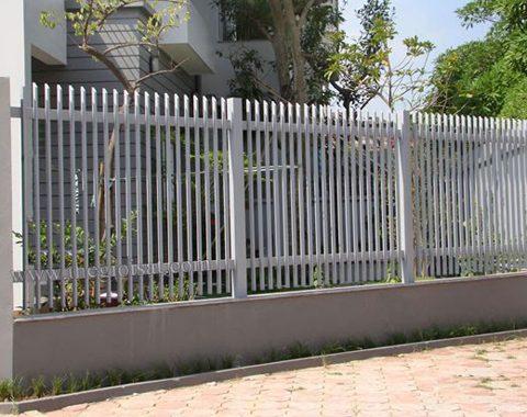 Hàng rào sắt tại Đà Nẵng